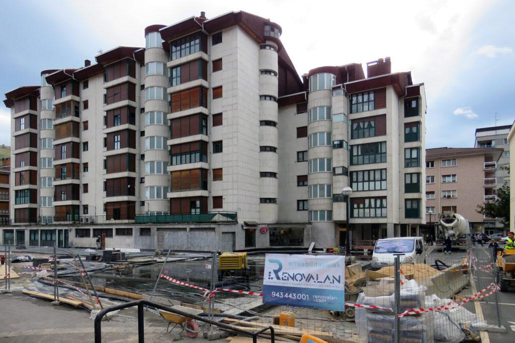 Renovalan Rehabilitación Jose Artetxe Plaza, Azpeitia